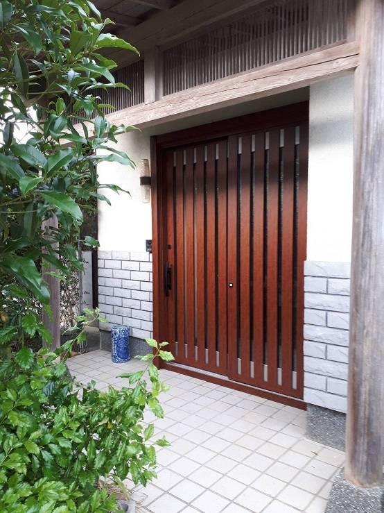 有明トーヨーのお正月まえに玄関と勝手口きれいにした~いの施工事例写真