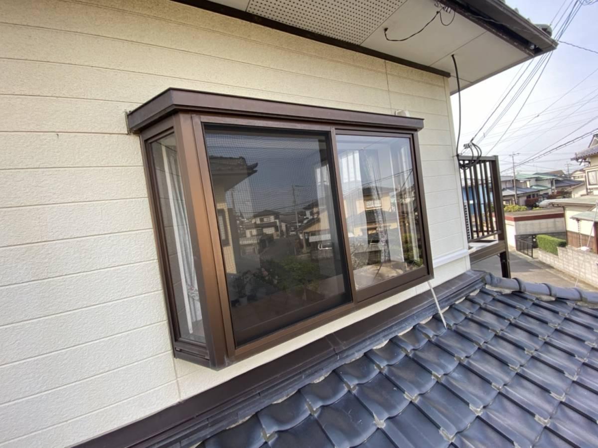 有明トーヨーの出窓の台風対策って~何かあるかな~の施工前の写真2